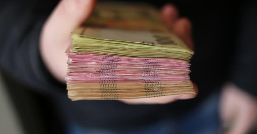 เงินคืนโบนัสคาสิโนมือถือ | มันทำงานอย่างไร